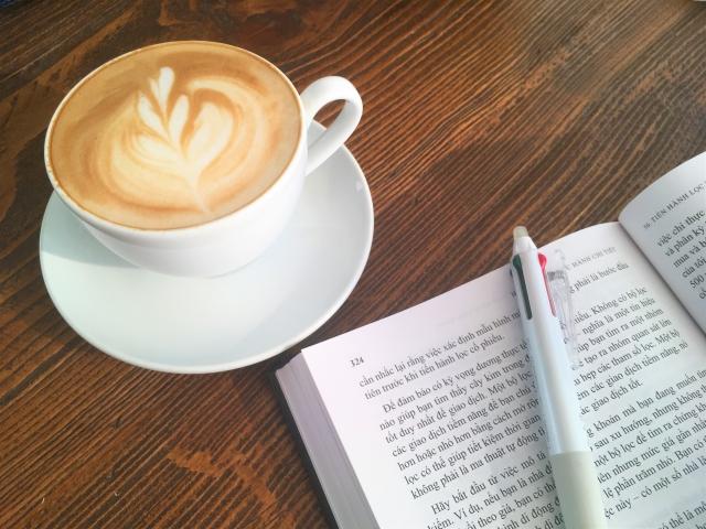 カフェオレと本